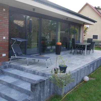 Neuer Anbau mit Terrasse in Reichwalde